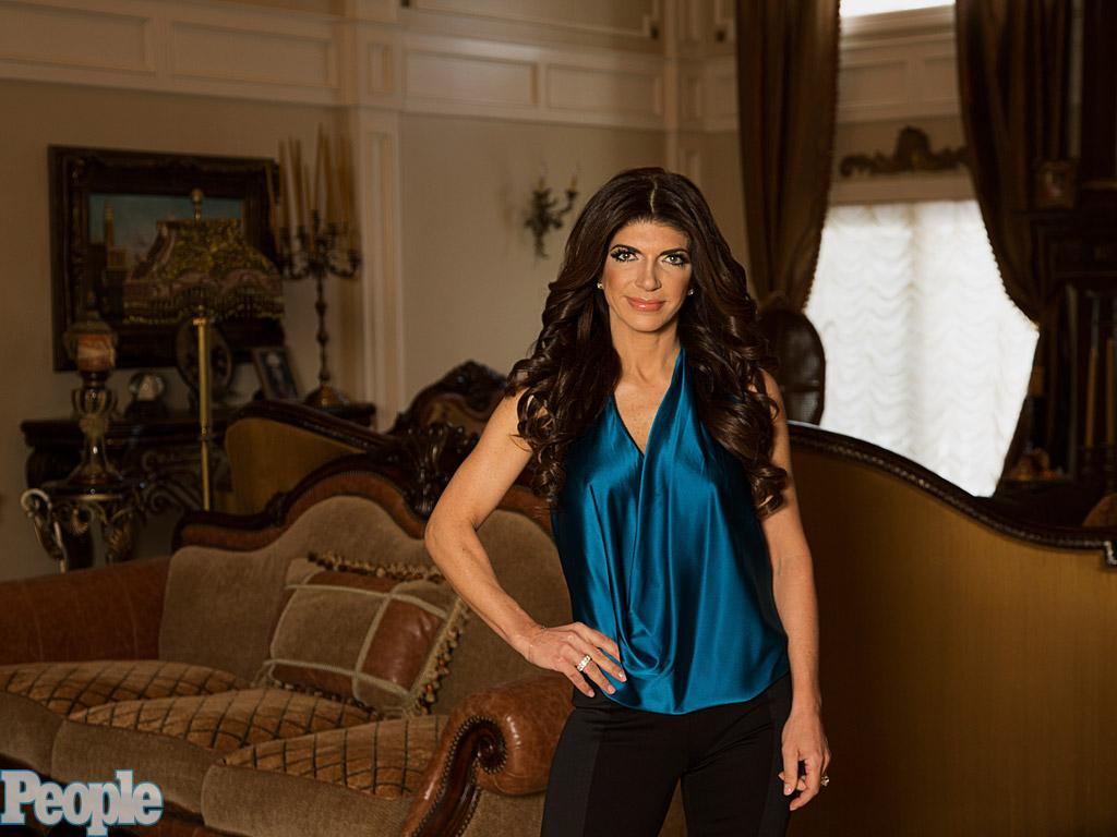 From Maggots to Lobster: Teresa Giudice Says Inmates Were Se