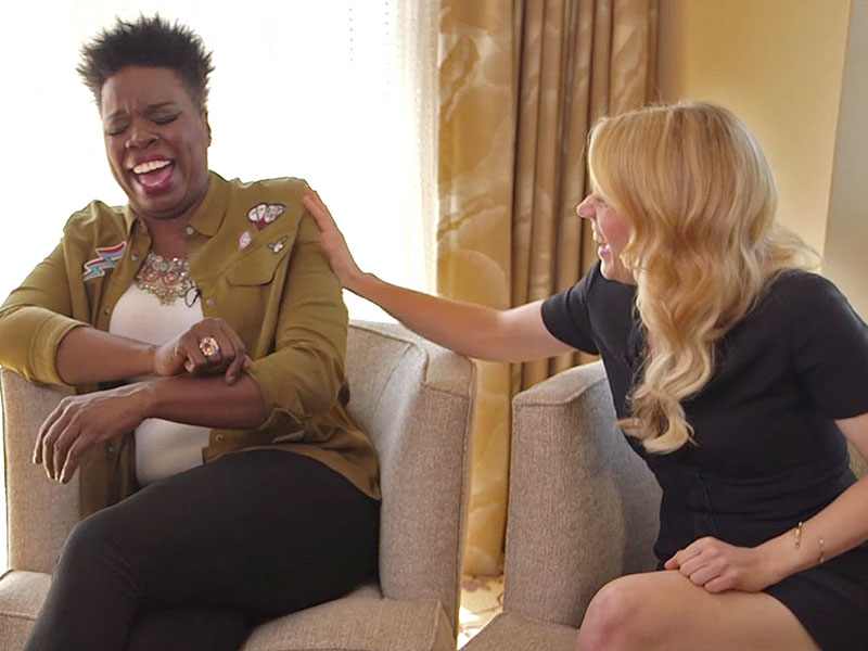 Funniest Confessions Ever! Leslie Jones and Kate McKinnon Talk Cat Hair, Naked Binge-Watching and 'Fashion Sweats'