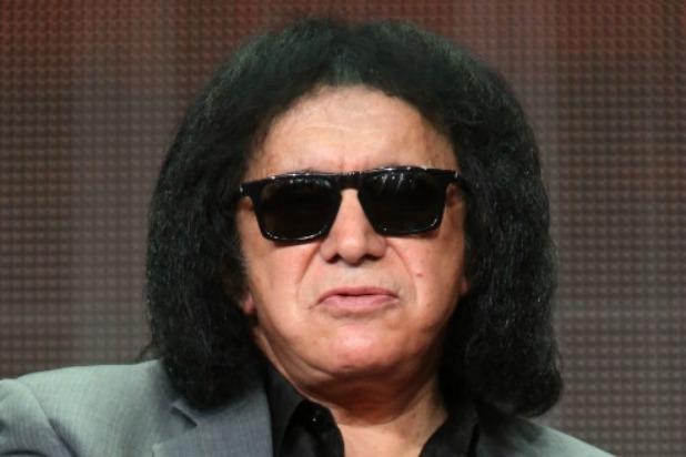 Gene Simmons Blasts Prince  's Death:    How Pathetic That He Killed Himself