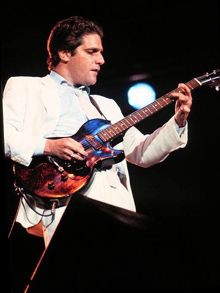 Glenn Frey, Founding Eagles Guitarist, Dead at 67
