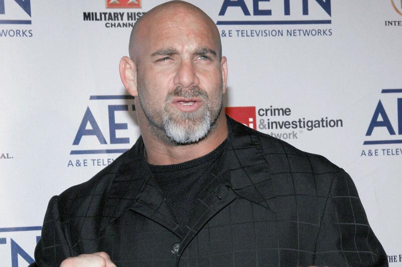 Goldberg Returns to WWE Raw, Stares Down Brock Lesnar, Undertaker