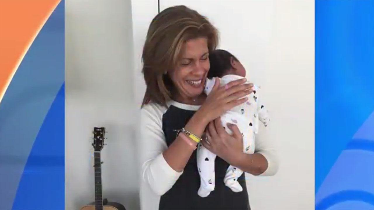 Hoda Kotb Announces She       's Adopted a Baby Girl:        She Is the Love of My Life