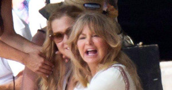 How Amy Schumer Lured Goldie Hawn Out of Retirement
