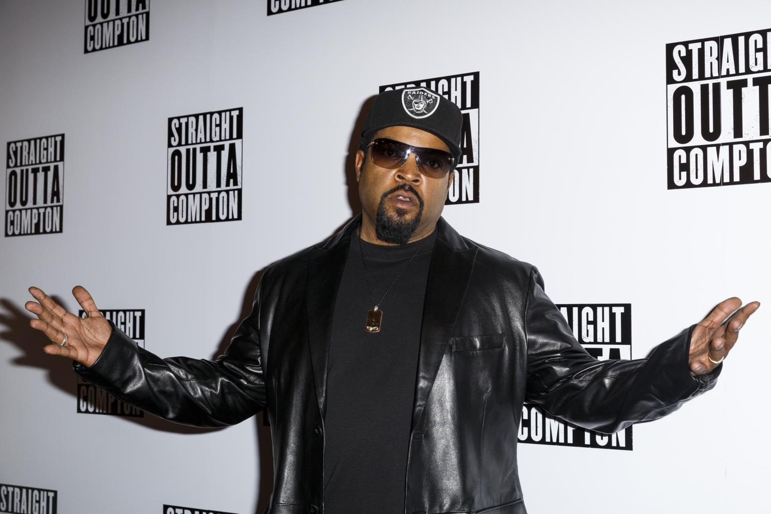 Ice Cube Will        Shed No Tears      '  Over Former N.W.A Manger Jerry Heller       's Death