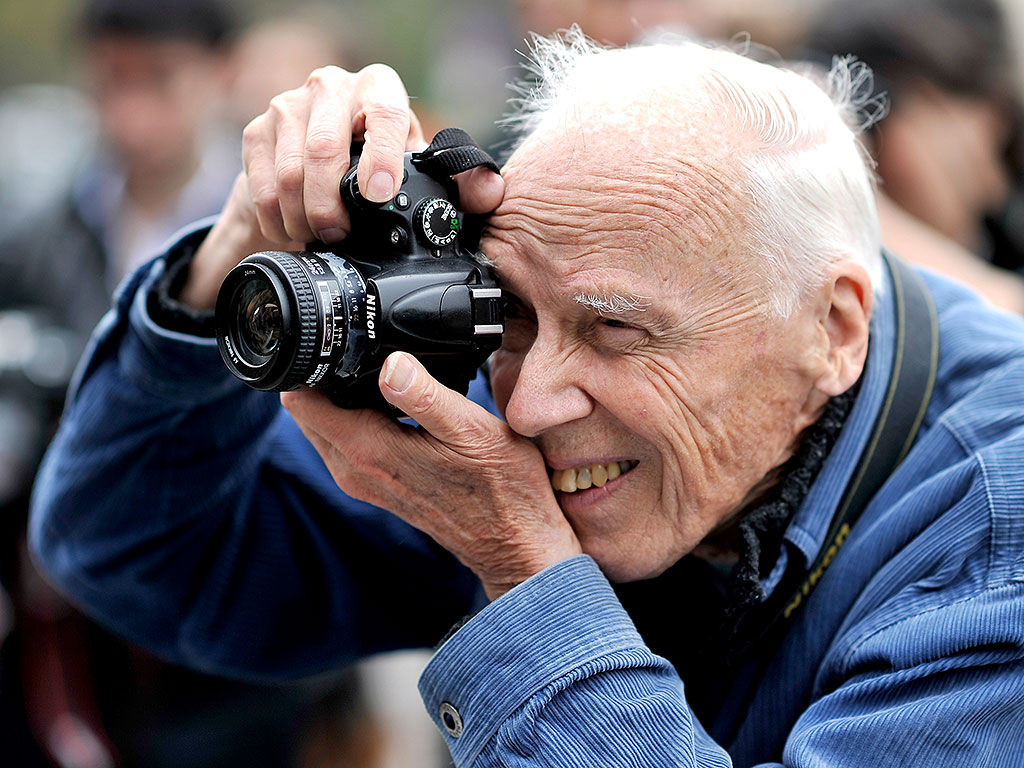 Iconic New York Times Fashion Photographer Bill Cunningham Has Died at 87