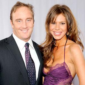 Jay Mohr and Nikki Cox Divorcing After 9 Years of Marriage