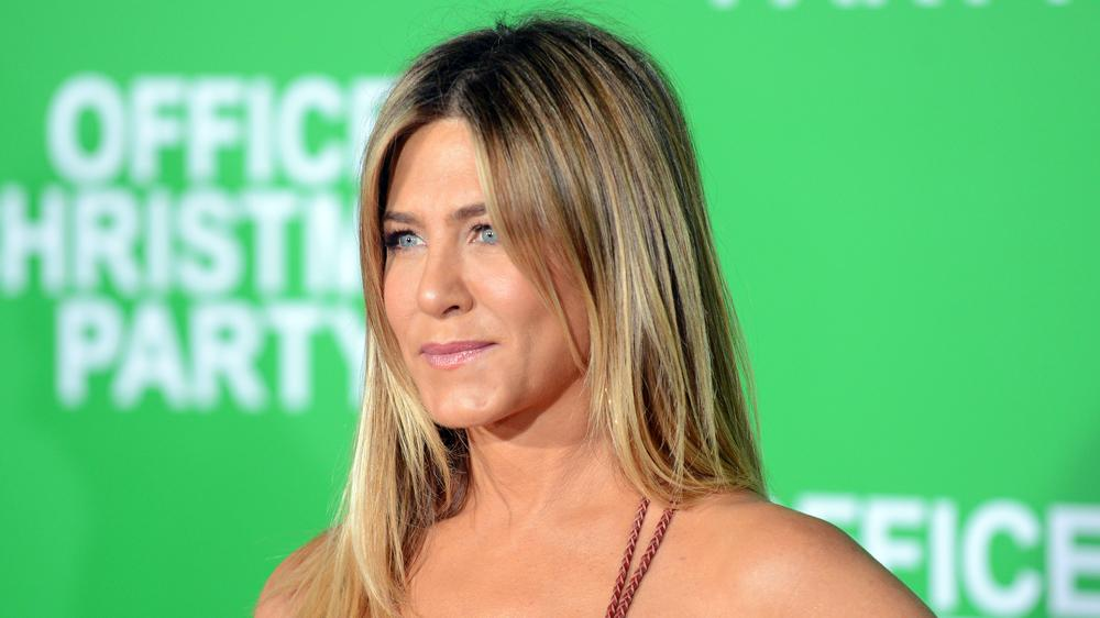 Jennifer Aniston on Sundance Drama    The Yellow Birds, '  Returning to TV and Tabloid Culture