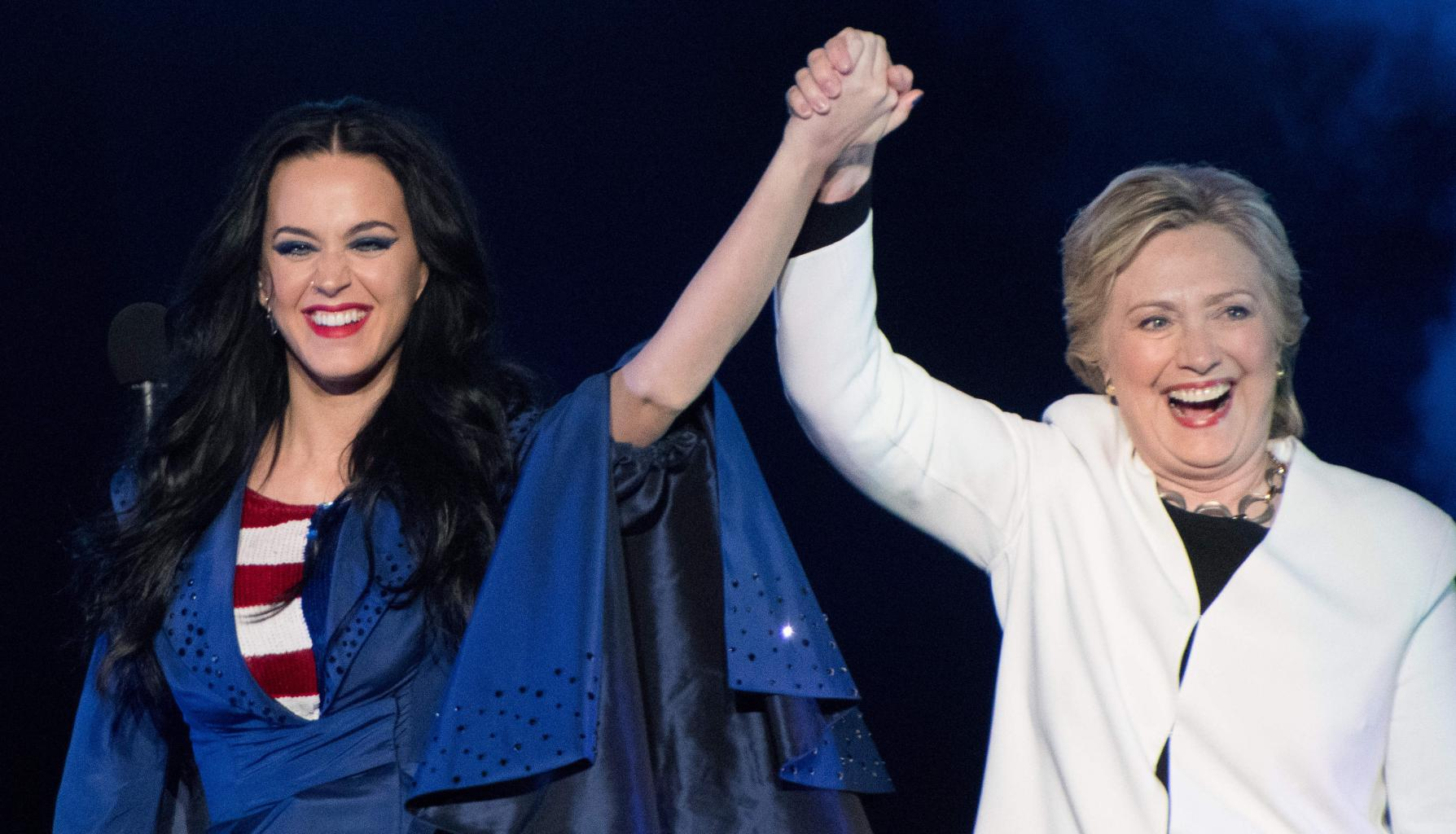 Katy Perry Roars For Hillary Clinton At        Love Trumps Hate      '  Campaign Event