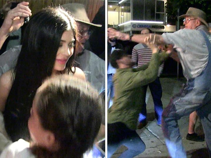 Kylie Jenner -- Stops for Young Fans This Time, But Grandpa