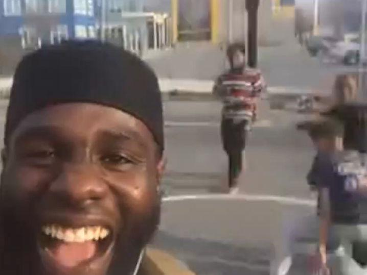 LeBron James Praised By Street Fight Hero ... Let's Team Up! (Video)