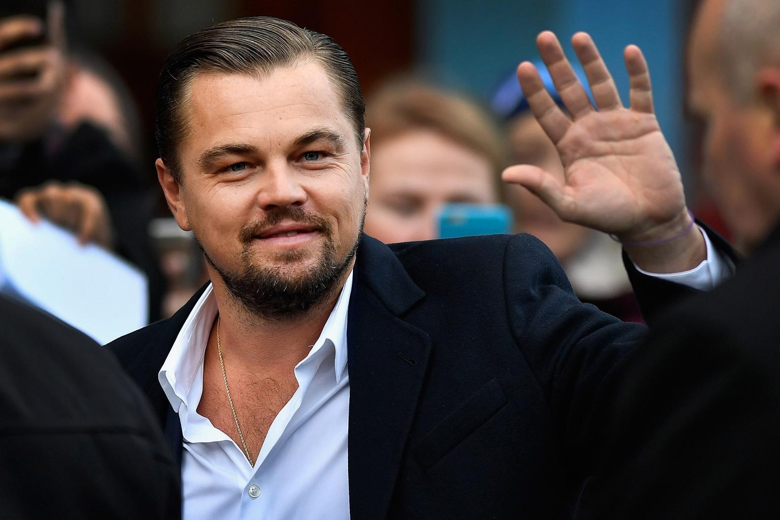 Leonardo DiCaprio Lunches at Edinburgh Caf  '  to Support Charity During Visit to Scotland