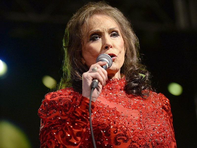Loretta Lynn Postpones Concerts Following Recent Chest Injury That Will Require Minor Surgery