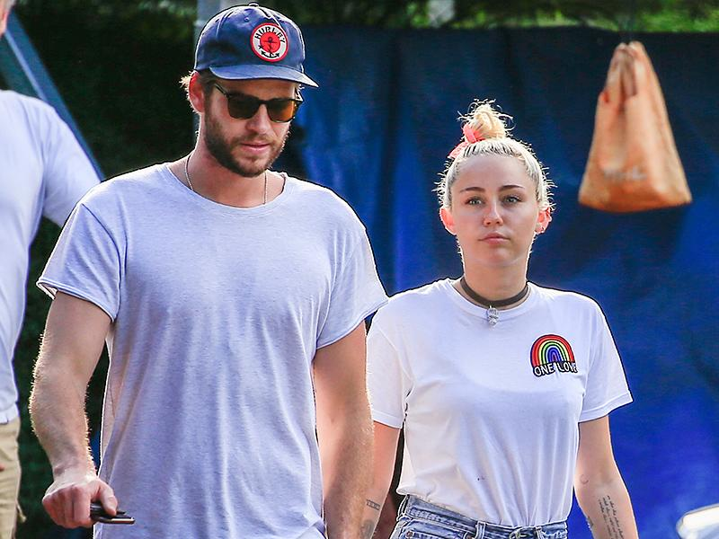 Miley Cyrus and Liam Hemsworth Have Lunch with His Parents in Australia