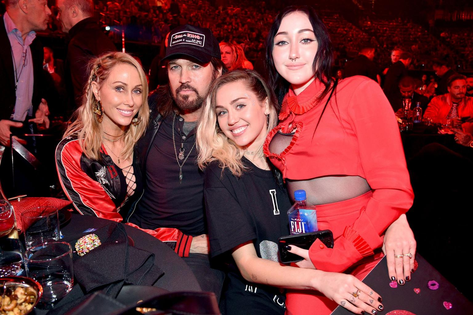 Miley Cyrus Supports Sister Noah with Family at iHeartRadio Music Awards:    She  's Who I Want to Be When I Grow Up
