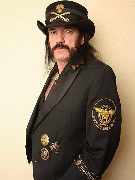 Motörhead Lead Singer Lemmy Kilmister Dead at Age 70 After B