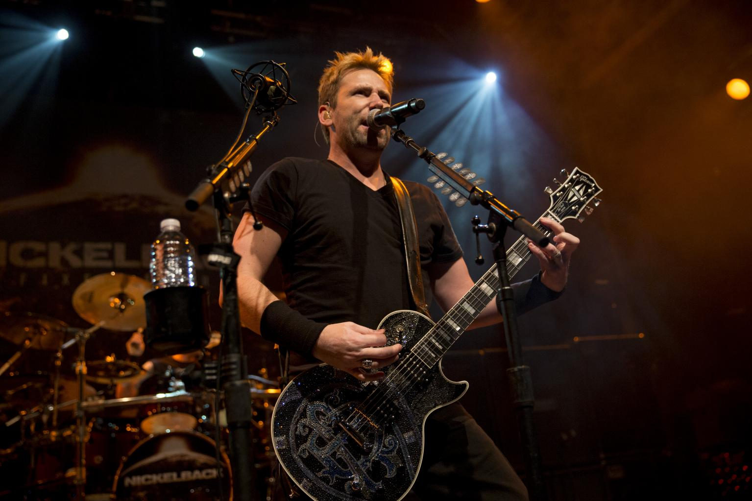 Nickelback Releases Sizzling Cover Of Don Henley  's    Dirty Laundry