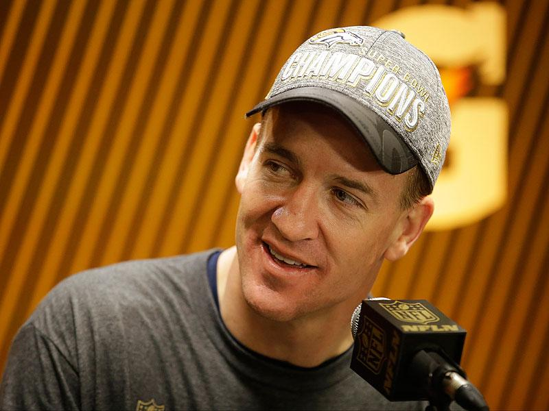Peyton Manning Goes One-on-One with Magic Johnson - Plus Wil