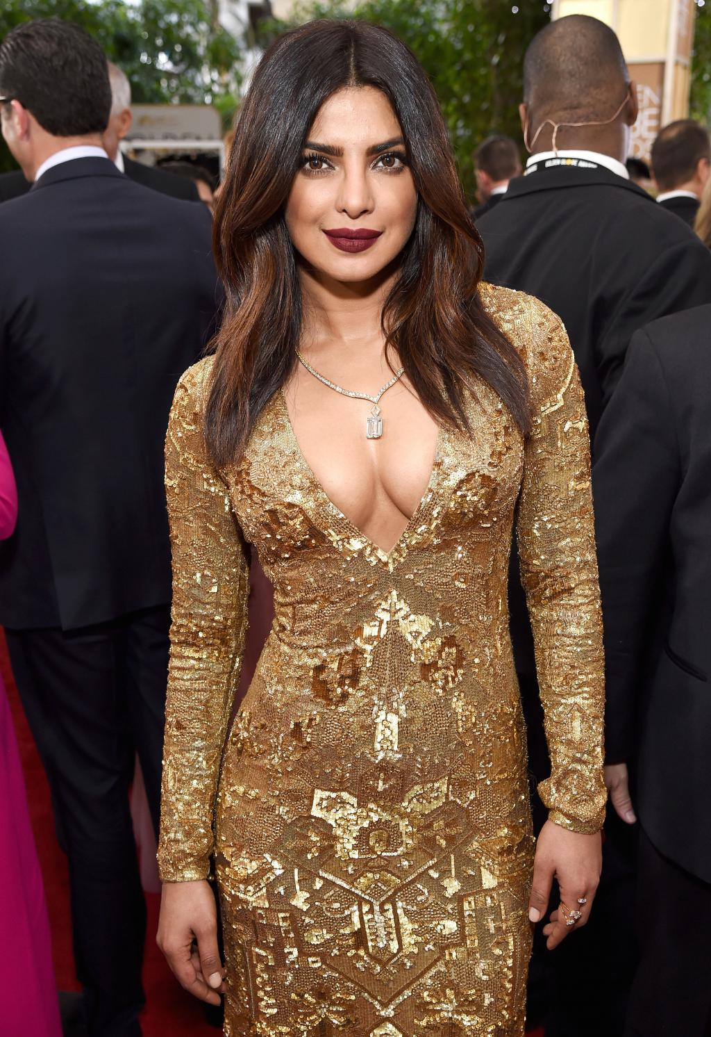 Priyanka Chopra Thanks Fans for Their Support After Fall:       'I Will Be Ok