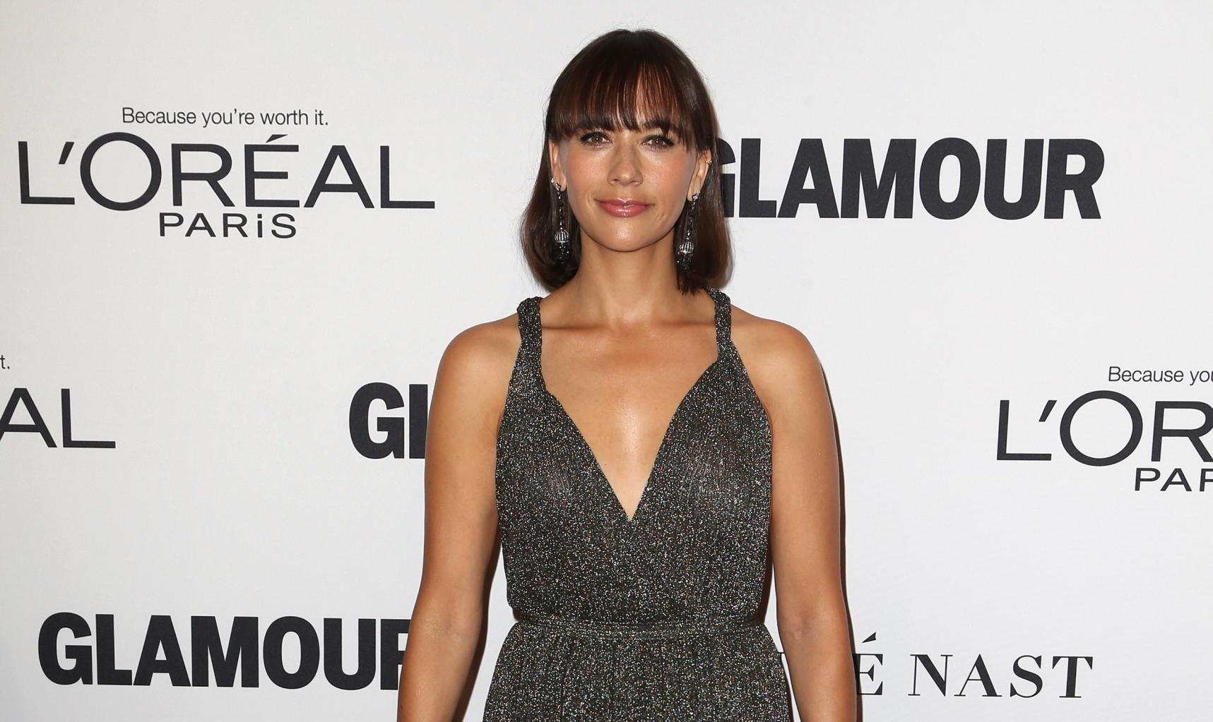 Rashida Jones:       'I Got Attacked By Bubbles,      '  Michael Jackson       's Chimpanzee