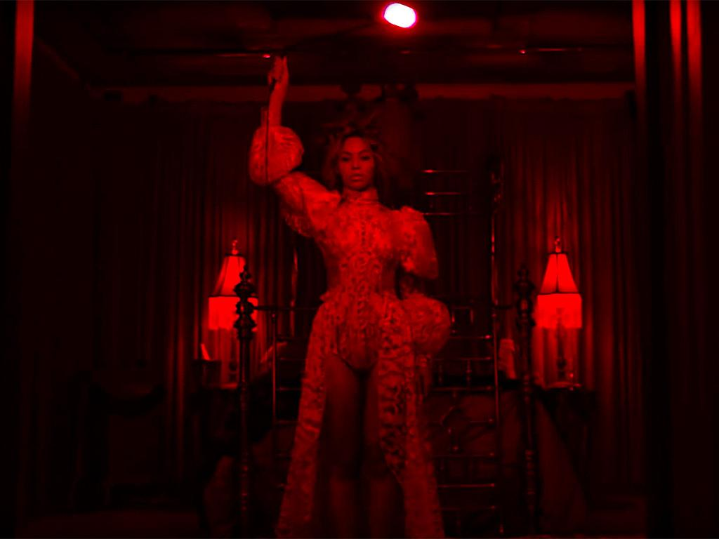 Relive Every Amazing Moment from Beyonc  's Lemonade - in GIFs