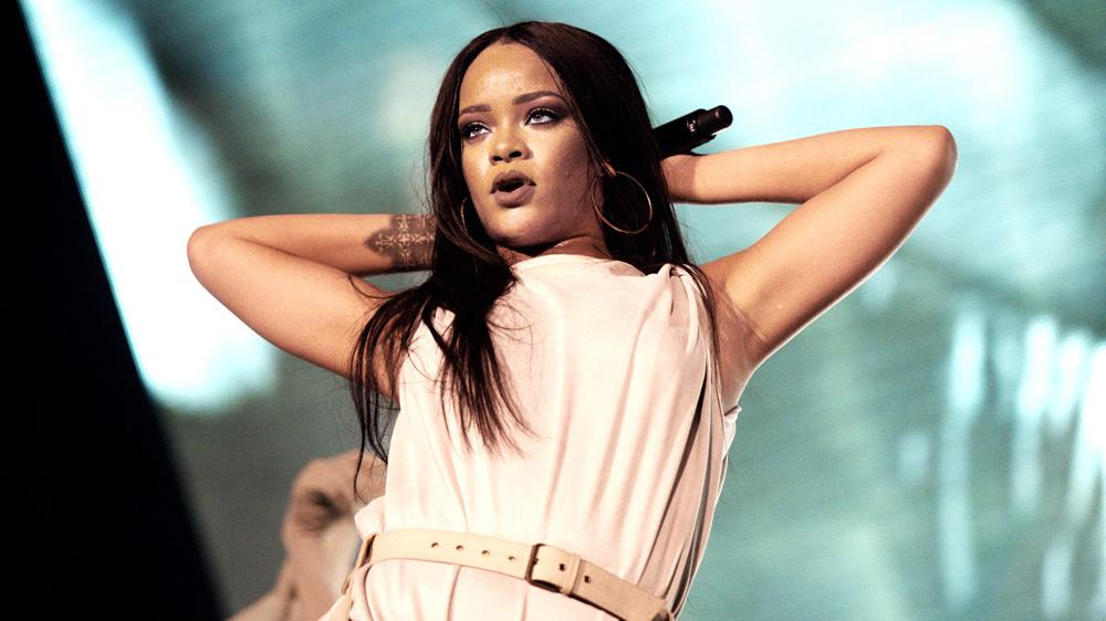 Rihanna to Receive MTV Video Vanguard Award