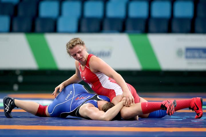Rio 2016: Canadian wrestler Erica Wiebe to fight for gold