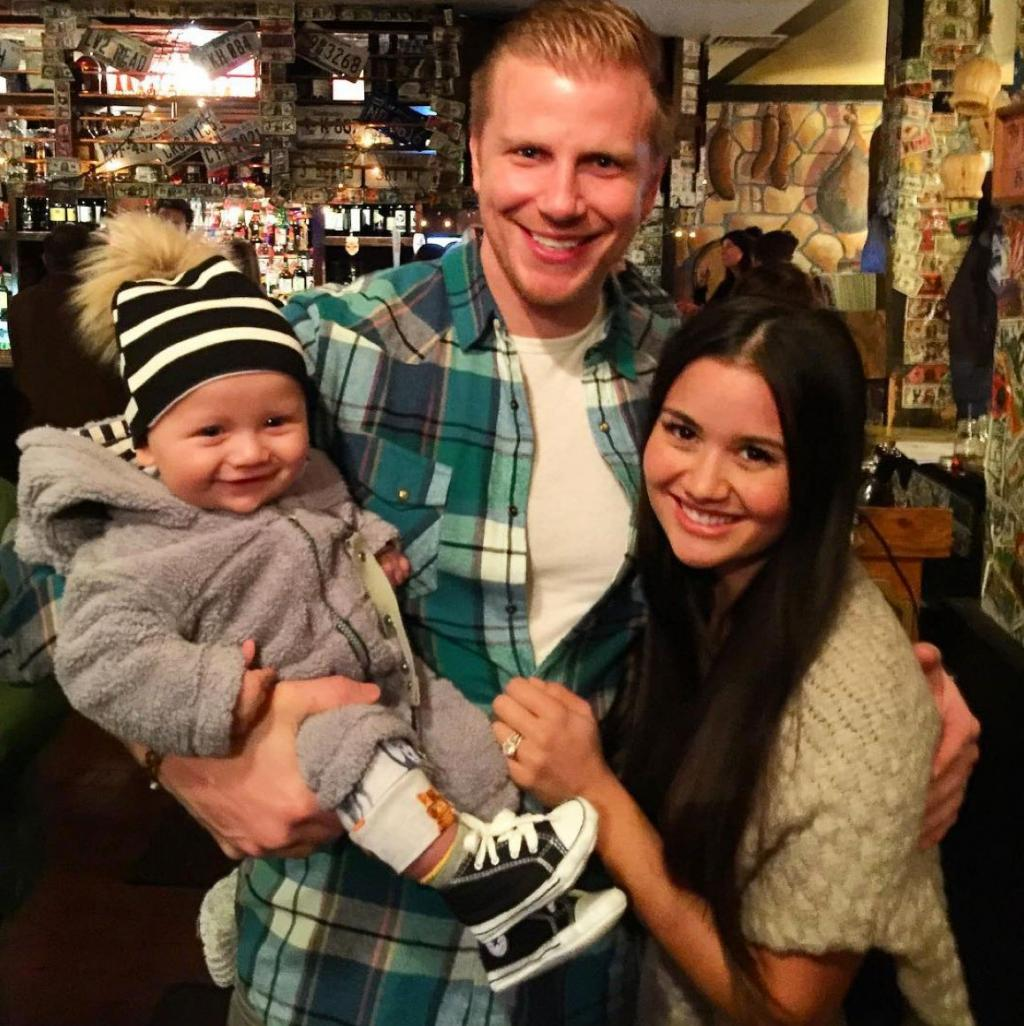 Sean Lowe Posts Adorable Snap of Himself with Wife Catherine and Son Samuel:   'I Love My Little Family