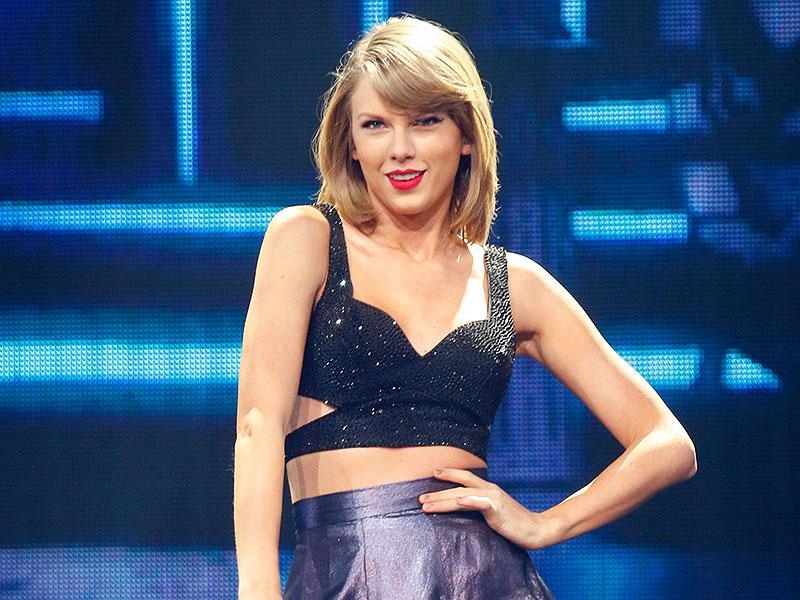 See the First Look at Taylor Swift's 'Out of the Woods' Musi