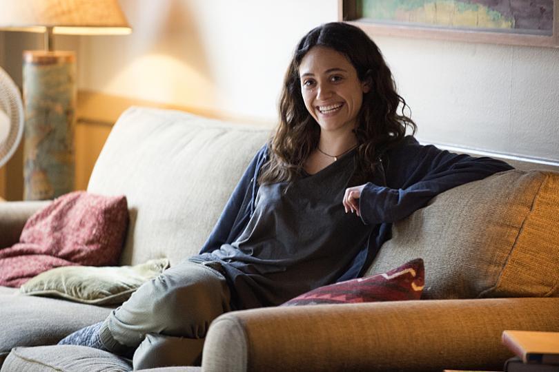 Shameless' Emmy Rossum Resolves Season 8 Salary Dispute