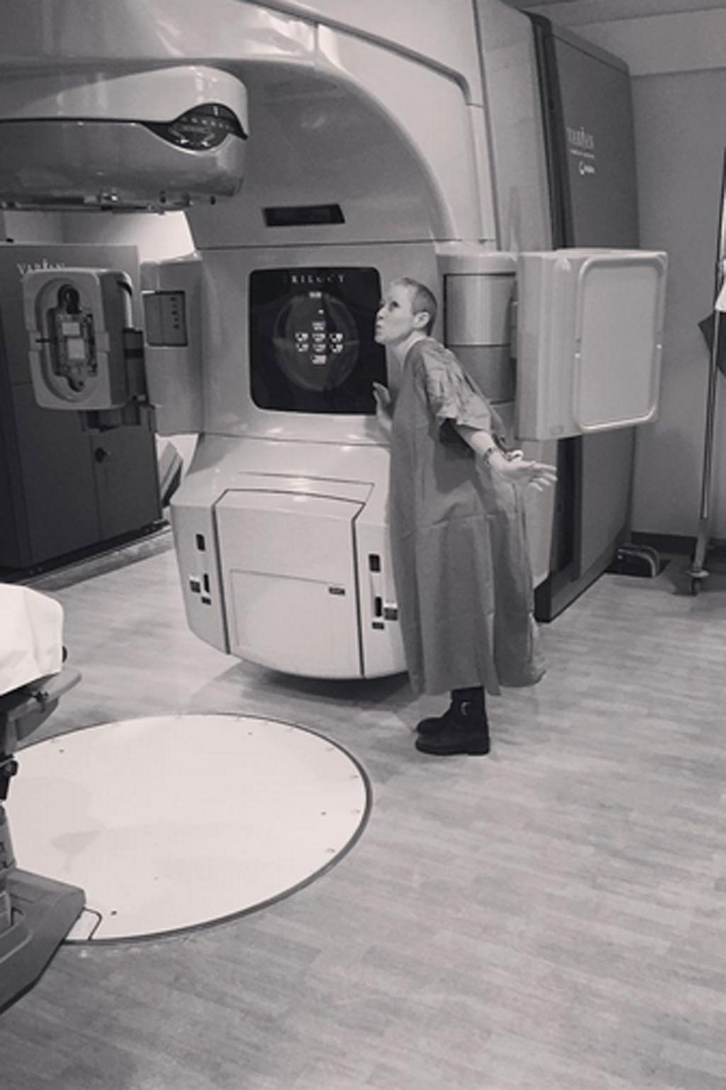 Shannen Doherty Writes Tribute to Her        #CancerSlayer      '  Radiation Machine She Has Named Maggie