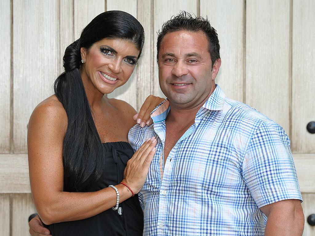 Teresa Giudice Says Husband Joe Has Lost 35 Lbs. in Prison by Doing '1,000 Sit-Ups a Day'