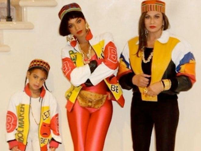 The '80s Are Back! Beyoncé and Blue Ivy Dress Up as Salt-n-Pepa for Halloween