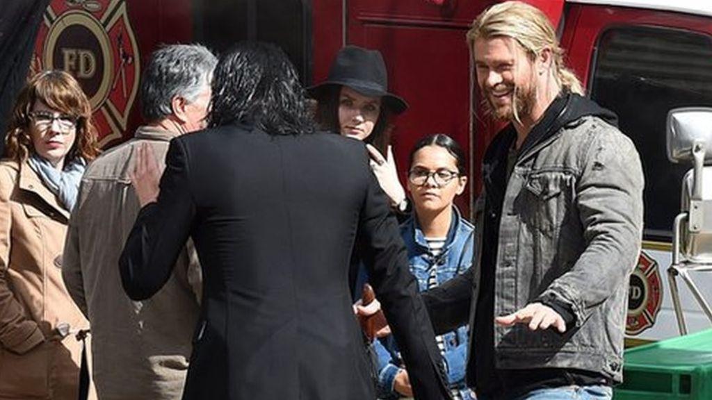 Thor: Chris Hemsworth and Tom Hiddleston shoot in Australia