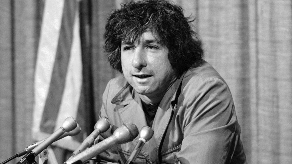 Tom Hayden, famed anti-Vietnam war activist, dies aged 76
