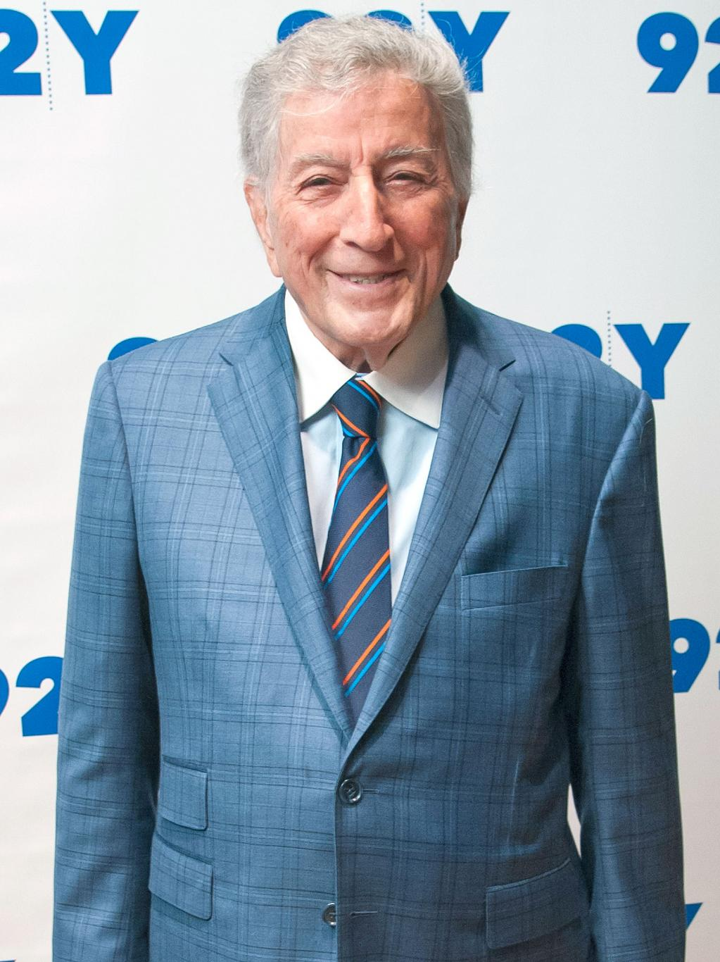 Tony Bennett on His Health at Age 90:    I  'm Still Going Strong!