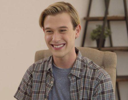 Tyler Henry Connects With Robin Williams and More: 6 Must-Se