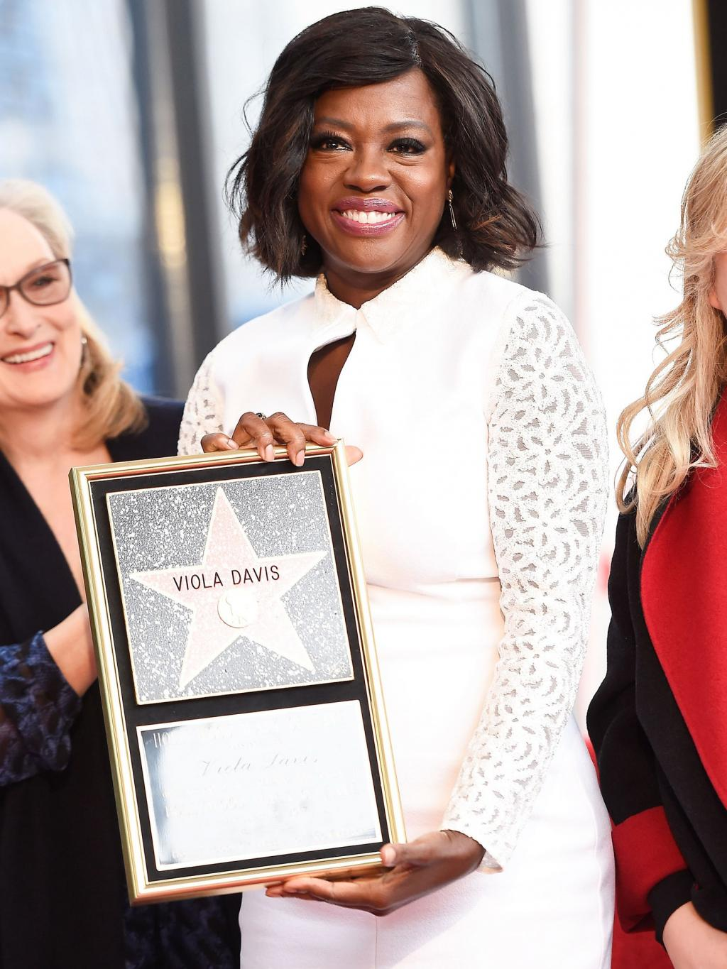 Viola Davis Remembers Her Dad During Emotional Walk of Fame Speech:       'I Wish He Were Here