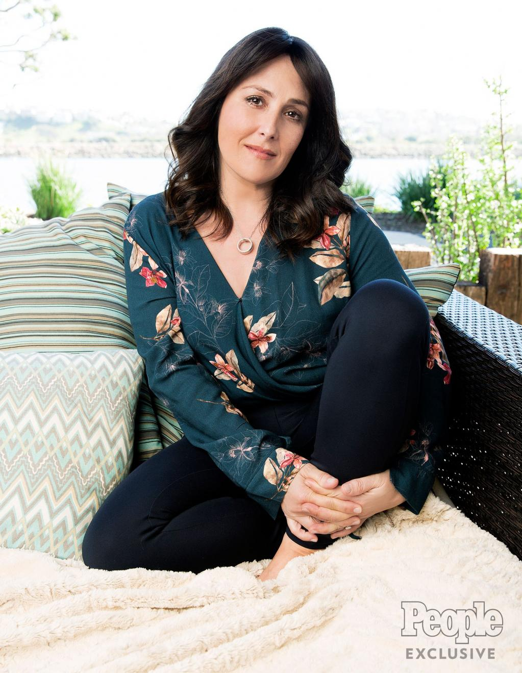 Why Ricki Lake Wants to Help Other Families Who Are Battling Mental Illness:        Love Is Blind and I Didn       't Want to See It