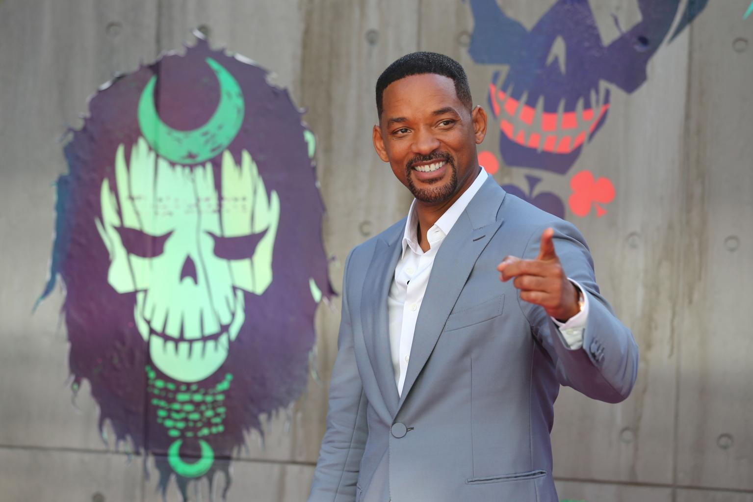 Will Smith Says He  's    Embarrassed '  By Donald Trump, Rose McGowan Calls Trump A    Murderer In The Making
