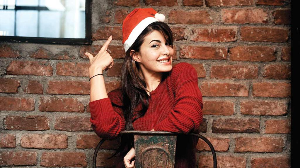 I like to gift healthy brownies and cookies to my loved ones Jacqueline Fernandez