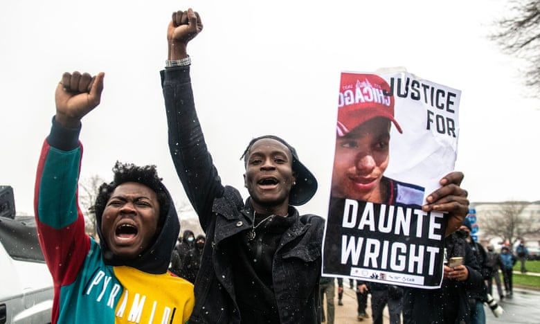 Police officer who killed Daunte Wright to be charged with manslaughter, reports say live