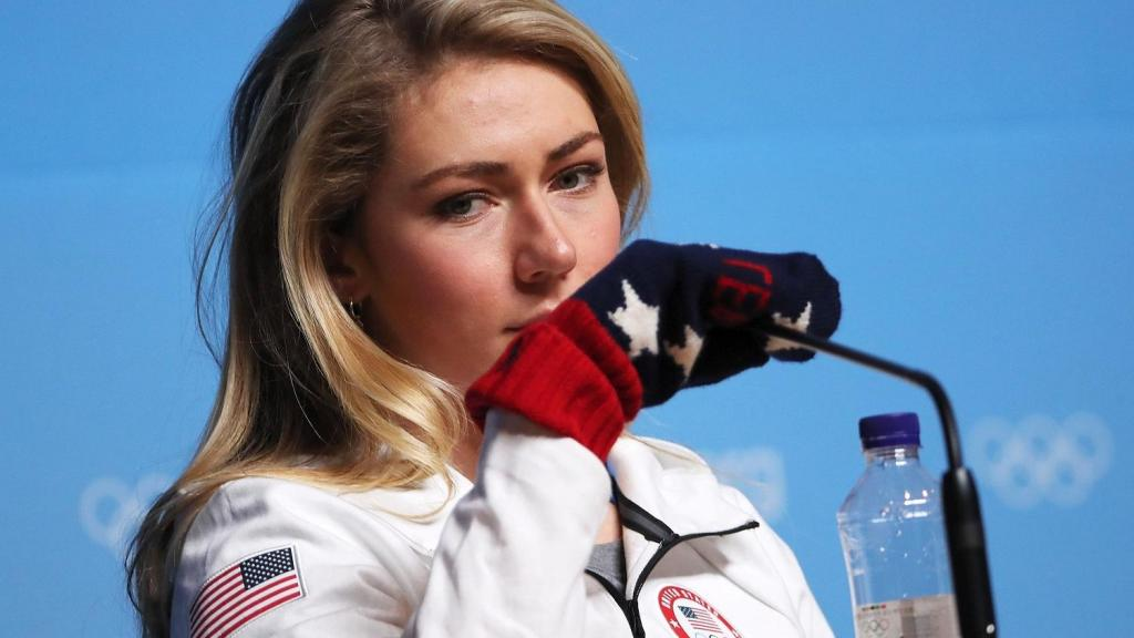 Mikaela Shiffrins bid to make skiing history made more difficult by delays and schedule