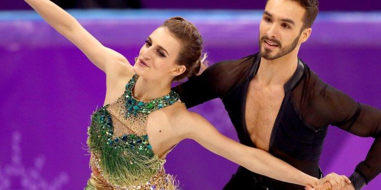A French figure skaters worst nightmare came true when her costume malfunctioned in the middle of a Winter Olympics routine Video