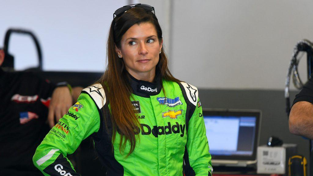 Jimmie Johnsons message to Danica Patrick after Daytona 500 Thank you