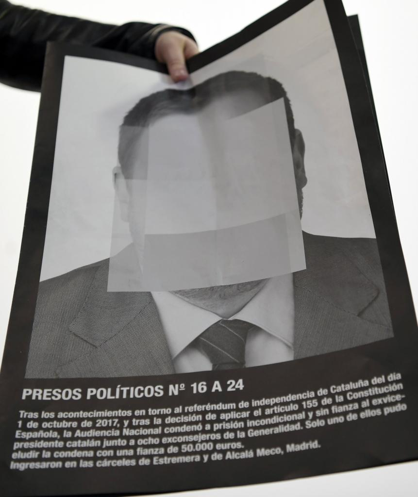 Santiago Sierras Portraits of Spains Political Prisoners Censored at Madrid Art Fair