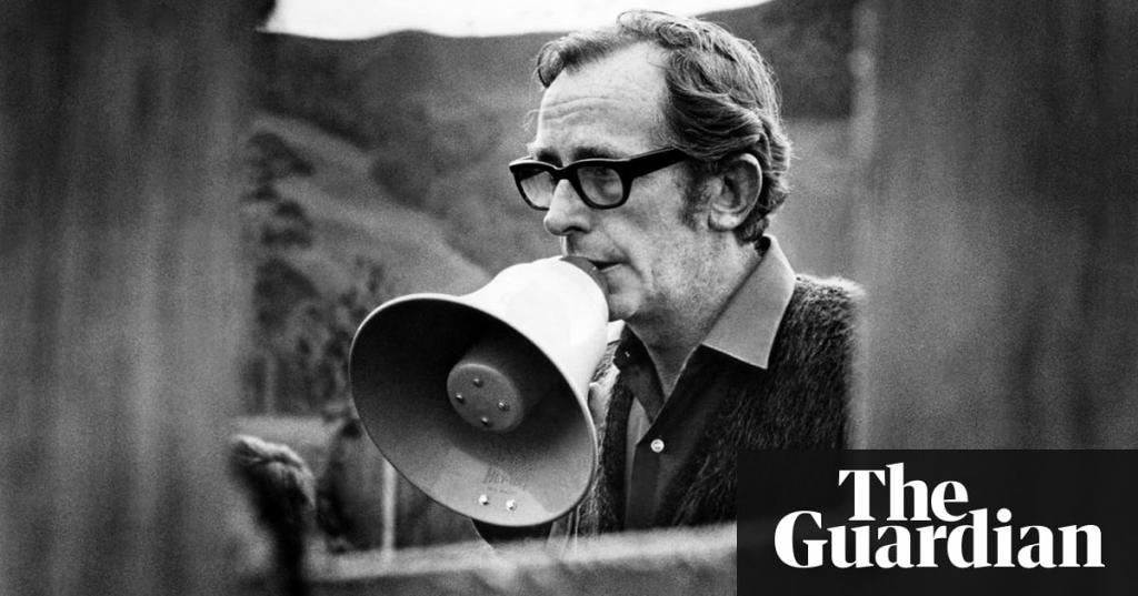 Spy Who Loved Me director Lewis Gilbert dies aged 97