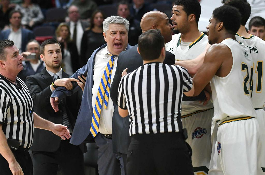 Jimmy Patsos out as Siena basketball coach after five years
