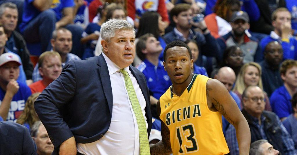 Report Jimmy Patsos resigns as Siena head coach