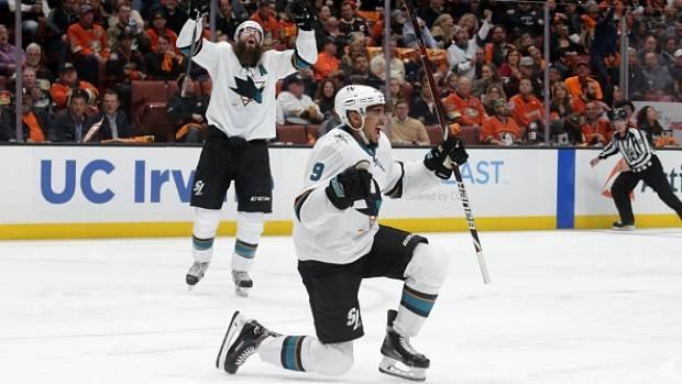Evander Kane dazzles in playoff debut as Sharks shut out Ducks