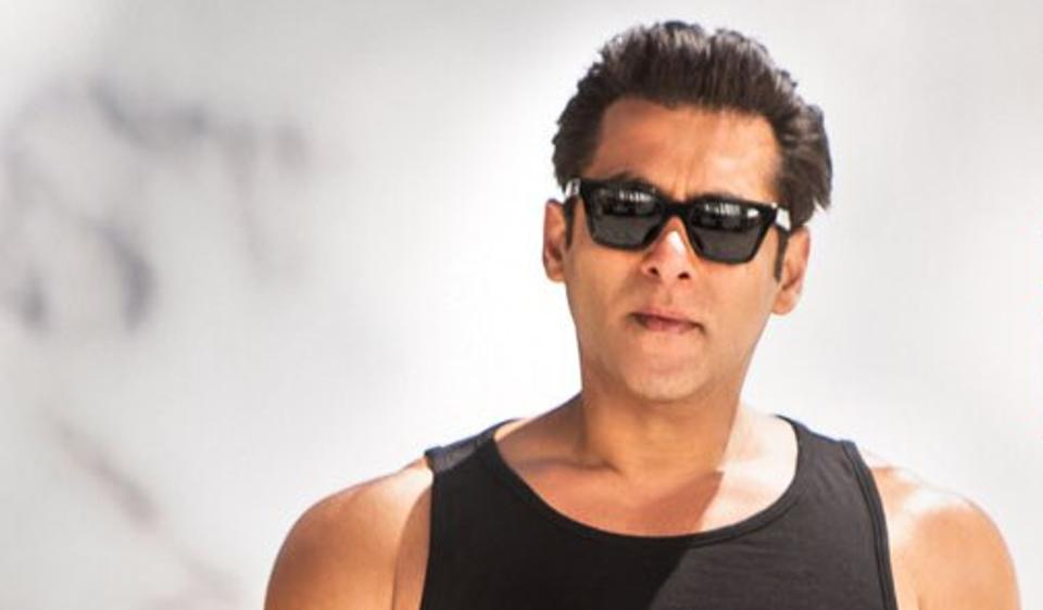 Salman Khan is leading the pack in Allah Duhai Hai teaser from Race 3 watch video